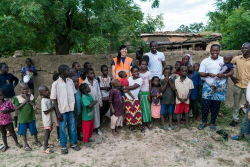 africa-volunteer cataract doctor  (2)