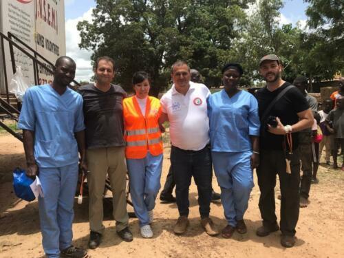africa-volunteer cataract doctor  (4)